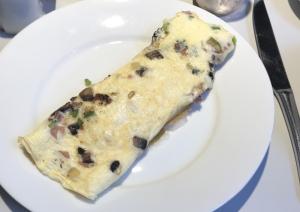 ロンドン紀行33、ホテルの朝食のオムレツ