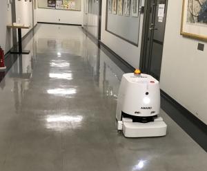 お掃除ロボット活躍中
