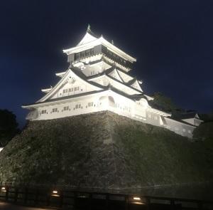 ライトアップ小倉城、観光客はいないけれど・・・
